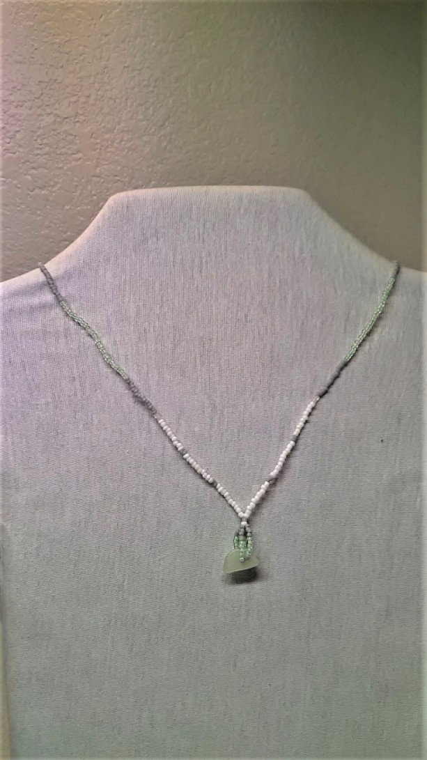 Green Sprakles Necklace