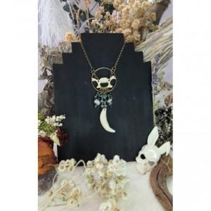 Wunderland jewelry// raccoon vertebrae// jasper // stone