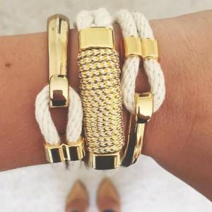 Natural White Rope Gold Half Hook Clasp Bracelet