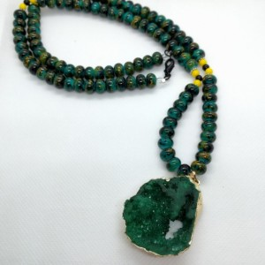 Emerald Green Druzy Crystal Pendant Beaded Necklace & Earring Set by Cumulus Luci