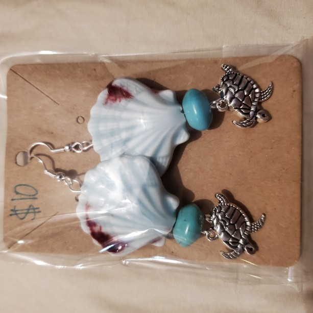 Sea shell and turtle earrings