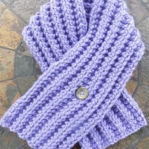Lavender Knit Button Scarflette