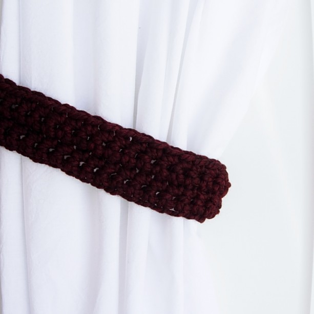 One Pair Dark Burgundy Red Curtain Tie Backs, Drapery Tiebacks, Thick Wool Blend Wine Red with Black, Holdbacks for Drapes, Crochet Knit, Ready to Ship in 2 Days