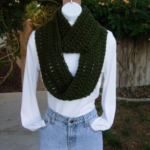 Dark Solid Forest Green INFINITY SCARF Loop Cowl, Extra Soft 100% Acrylic Small Crochet Knit Winter Circle Neck Wrap..Ready to Ship In 2 Days