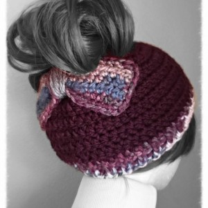 Messy bun hat / ponytail hat / winter hat