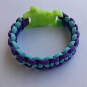 Glow In the Dark Paracord Survival Bracelet