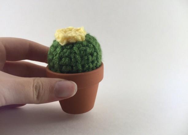 diy cactus pincushion | Tumblr | 439x613