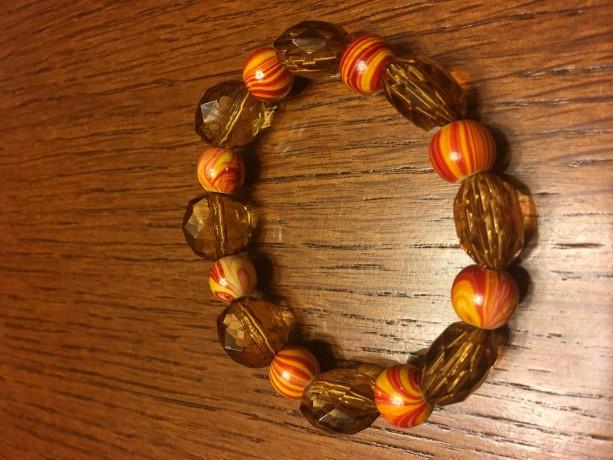 Wood and Acrylic Bead Elastic Bracelet