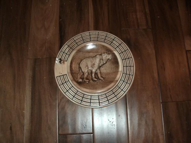 Bear 3 track round cribbage board with storage