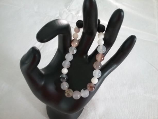 Botswana (Flower) Agate Gemstone w/Lava Stone Diffuser Bracelet