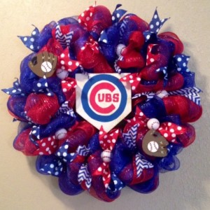 Chicago Cubs home plate wreath