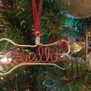 Special / Dog Ornaments / bone name ornaments/ Christmas gift / ornament / home decor / Christmas tree decor / holiday gift / name wire