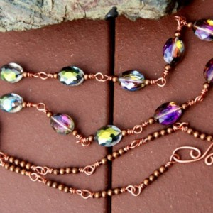 BEADED NECKLACE - Copper wire and Crystals