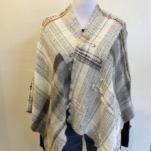 Bamboo and Cotton Shawl with Pin