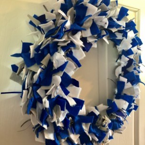 Felt and Ribbon Space Droid R2 D2 Wreath - Star Wars Galaxy Wreath - Housewarming Gift - Party Decor - Hand Tied Felt Wreath - Astromech