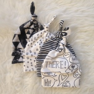 Organic Newborn Baby Knotted Hat Gift Set | B&W Gender Neutral