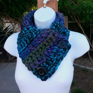 Chunky NECK WARMER SCARF Black Purple Blue Green Turquoise, Soft Thick Acrylic Crochet Knit Bulky Buttoned Cowl, Black Buttons, Ready to Ship in 2 Days