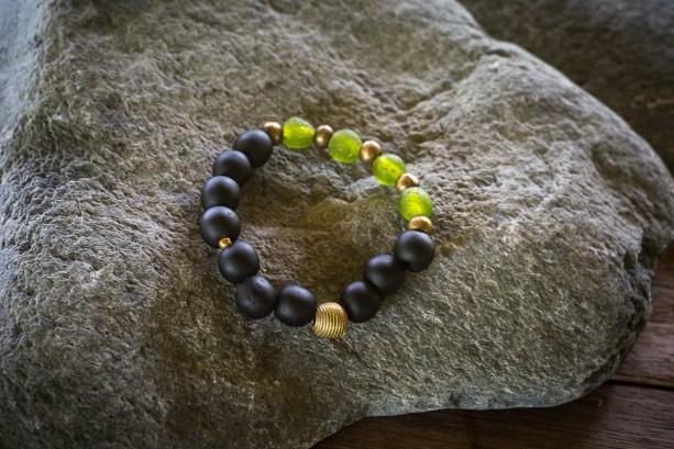 African Men black bracelet,  African men beaded bracelet, African jewelry, Gift for husband, Gift for him, Men African jewelry, bracelet