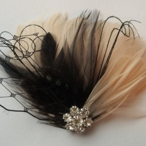Fascinator,Champagne, Wedding Fascinator,Wedding Hair Clip, Bridal Fascinator, Feather Hair Clip, Bridal Comb, Wedding Comb, Champagne Black