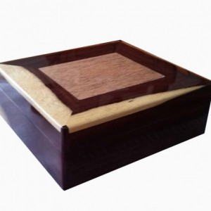 Custom Desk Top Cigar Humidors
