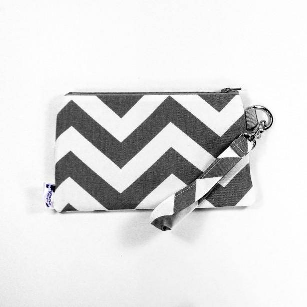 Medium Wristlet Zipper Pouch Clutch - Gray Chevron