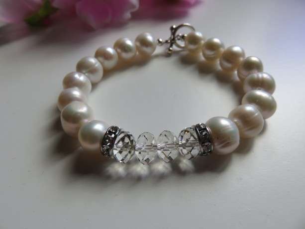 Big Pearls & Silver Night Bracelet