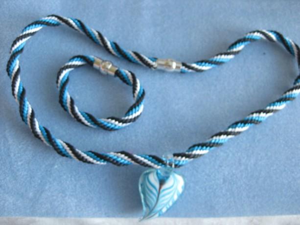 Handmade necklace and bracelet set. Black, white, turquoise.
