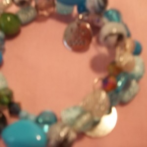 memory wire bracelet 2 rings with jade gem stone 2 charms