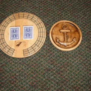 Anchor 3 track round cribbage board with storage