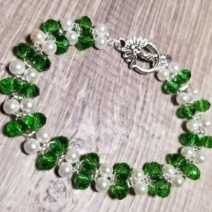 Beaded Bracelet and Earring Set - Green and Pearl
