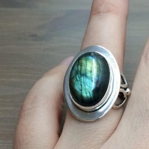 Labradorite Ring, Celtic Ring, Natural Flashy Labradorite and Sterling Silver Ring, Ring for Women, Irish Ring. Gifts under $100