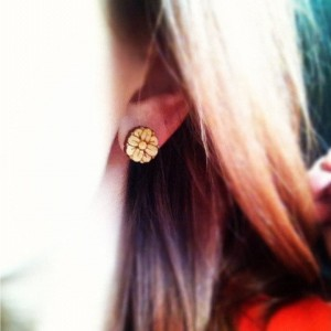 Wooden Flower Stud Earrings - FREE US SHIPPING