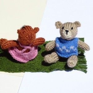 Knit Bear, Small Toy, Teddy Bear, Hand Knitted Bear with Clothes, Stuffed Animal Toy