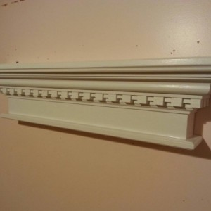 Dental crown molding shelf