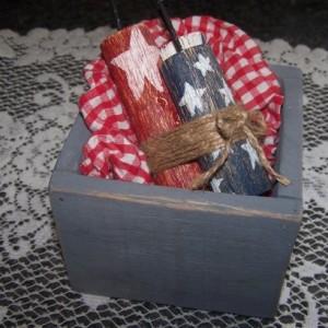 Set of 10 Primitive Wood Flower Box, Planter, Wedding Table Centerpiece, Mason Jar Box, Fits 1 Pint Jar, Custom Painted, Fast Lead Time