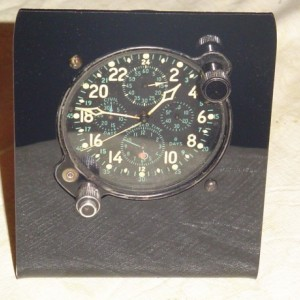 Military clock, aircraft clock stand, d Elgin Hamilton 37500