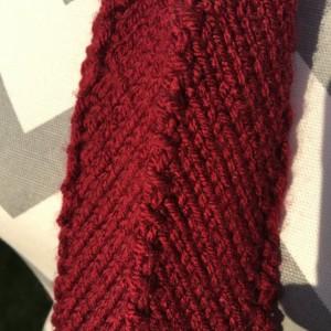 Handknit Thick Necktie - Deep Red