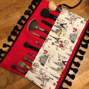 Red Paris & New York Black Fringe Makeup Brush Roll Case