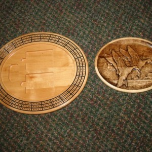 Duck 3 track oval cribbage board with storage
