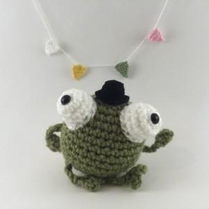 Mini amigurumi frog, amigurumi frog, crochet frog, tiny frog, frog,kawaii, small frog, frog plush, frog plushie, under 15, little frog