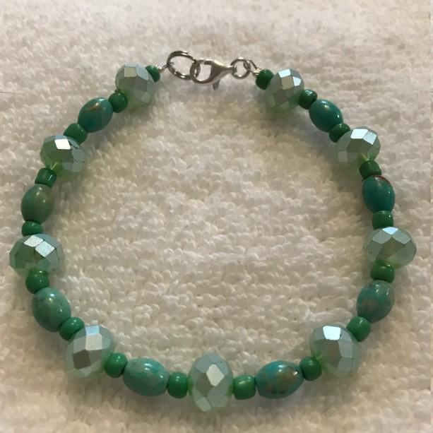 "Sage & Seafoam handmade beaded bracelet 8.25"" long"