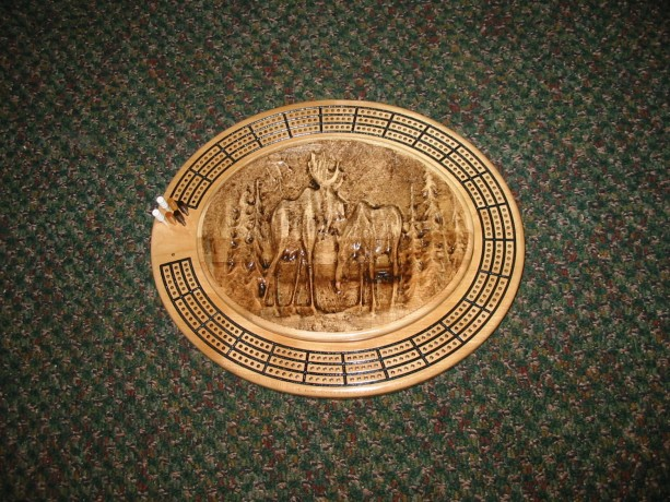 Moose Scene 3 track oval cribbage board with storage