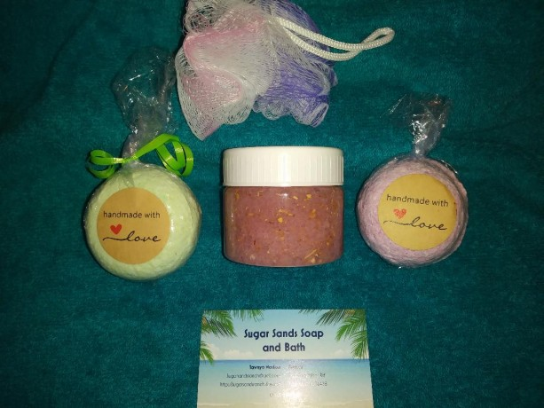 Lemongrass & Lavender Gift Set Salt or Sugar Scrub with Bath Fizzie Bombs and Scrub Puff. Natural with Essential Oils and Herbs, organic.