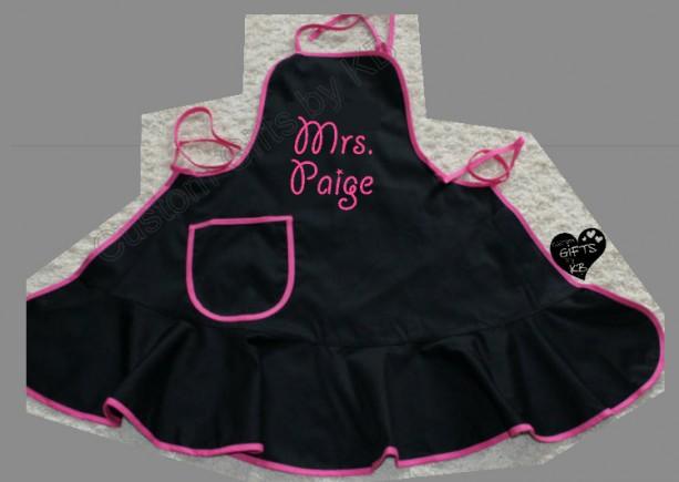 Custom MRS. Apron, MissCustom Apron, cute Apron, Birthday Gift, ruffle Apron, Christmas Gift, Anniversary Gift,  Kitchen decor, custom apron