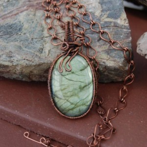 Large Mint Green Labradorite, Wire Weave Pendant - Beautiful Green/Mint Green Labradorite - Bright Bold Flash!