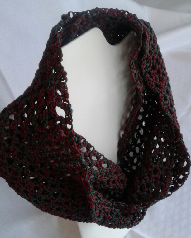 Lacey Infinity Scarf in Burgundy and Wintergreen