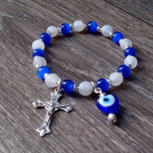 Evil Eye Crystal Charm Bracelet, Intuition, Faith, and Protection Gemstone Bracelet, Blue Cats Eye and Matte Agate Stones,