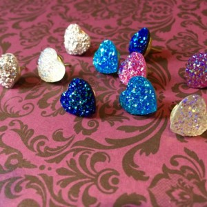 Glittery Crystal Heart Pushpins (Set of 10), Thumbtacks, Cork Board, Locker decoration, Wall Hanger, Photo Hanger,
