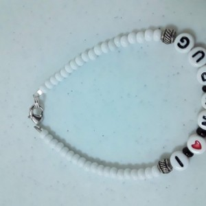 I Love My Pug Bracelet in White Beads