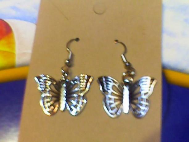 Butterfly earrings silver tone